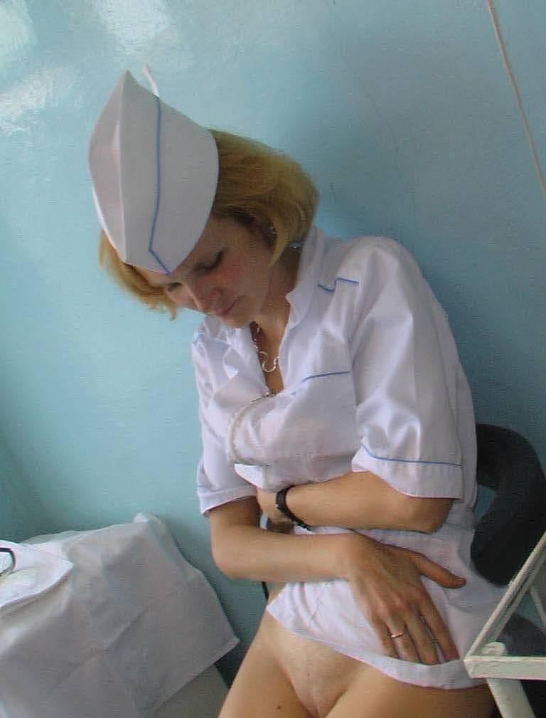 Голая в больнице фото в